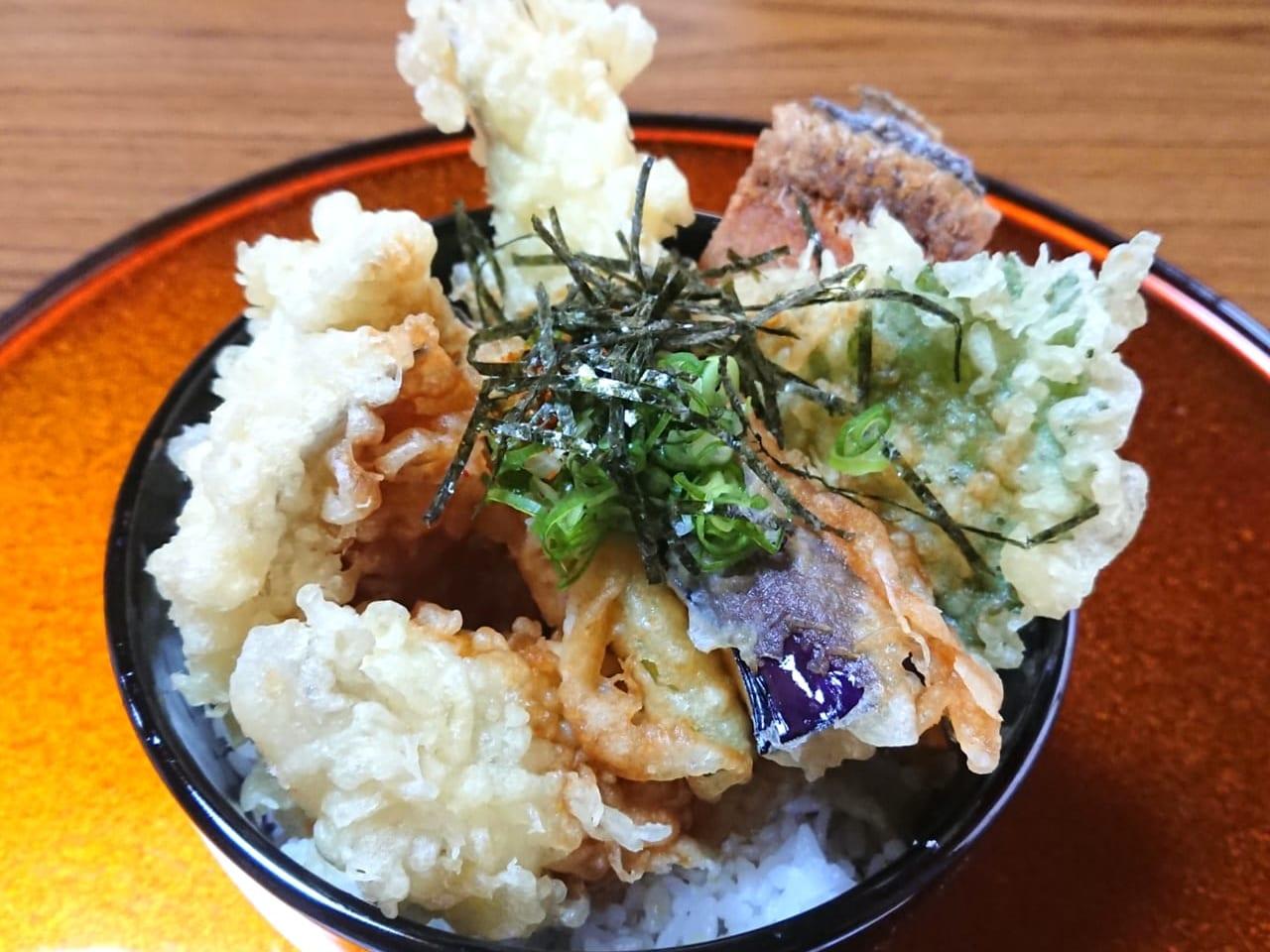 料理民宿松林ドラゴン太刀魚天丼